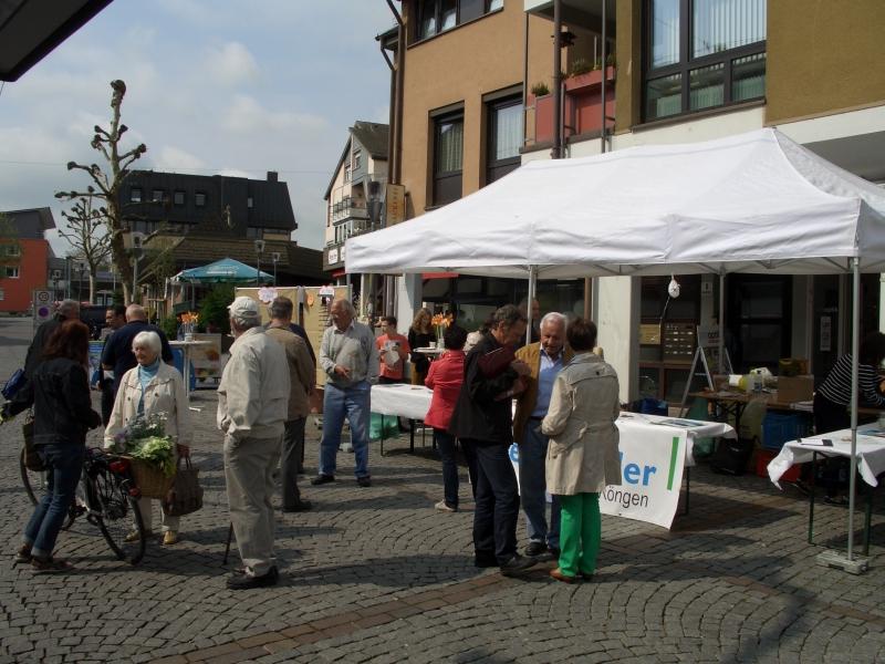 2014_Marktstand_Publikum_small